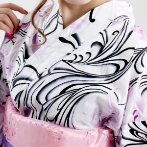 白×黒 幾何学な個性派デザインに花柄の大人清楚感ある 高級女性浴衣セット 5点